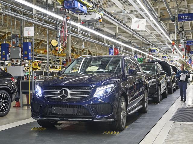 Mercedes Invests $1 Billion in Alabama Plant to Prepare for EQ SUV