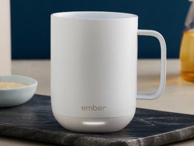 If forgotten cold tea or coffee is the bane of your life, this smart temperature-controlled mug could be the answer