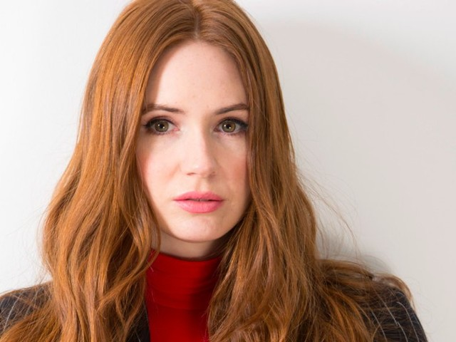 Director of dark indies, lover of American accents, and fan of psychology essays: Karen Gillan is much more than Nebula from the Marvel Cinematic Universe