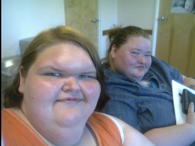 """Amy and Tammy Slaton: Facts about the YouTube Siblings on TLC's """"1,000-Lb Sisters"""""""