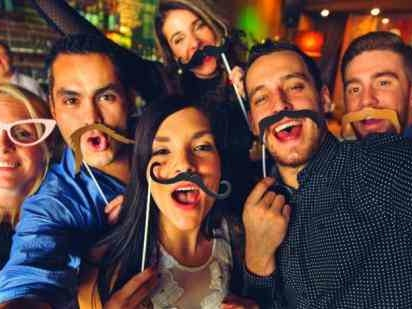 15 Best DIY Photo Booth Ideas For Your Wedding