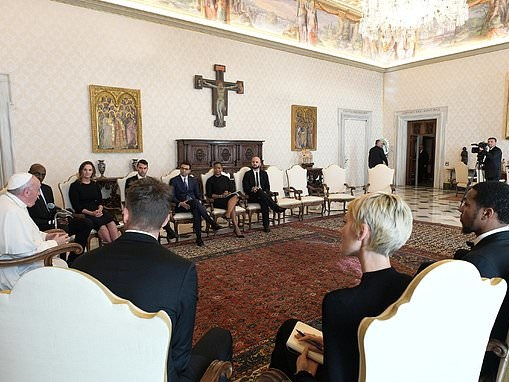 NBA's social justice coalition meets with Pope Francis at Vatican