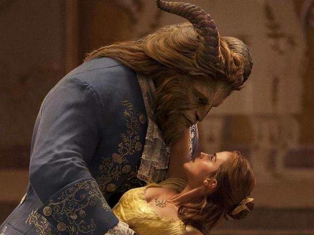 'Beauty & the Beast' Grosses $1 Billion Worldwide!
