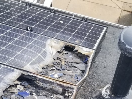Tesla solar panels have become a nightmare for some homeowners, especially for 1 Colorado woman whose roof went up in flames (TSLA)