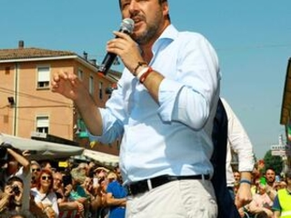 Italy's Salvini warns of crisis after PM threat to quit