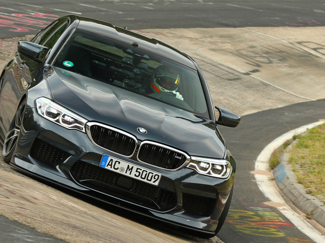 Video: BMW M5 Competition by AC Schnitzer goes from 0 to 300 km/h