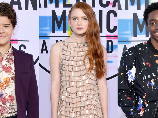 'Stranger Things' Star Sadie Sink Steals The Show at AMAs 2017