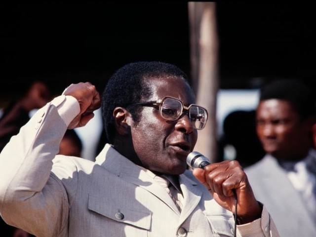 The End of Mugabe's 37-Year Reign Marks the End of an Era for Africa