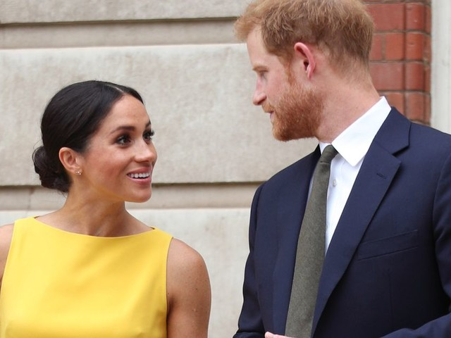 Boris Johnson refuses to say if Meghan coverage is racist in first comments on Royal row