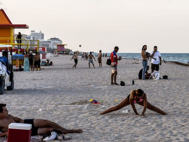 Florida orders bars to stop serving alcohol and some beaches to close for July Fourth as coronavirus cases continue to surge in the state