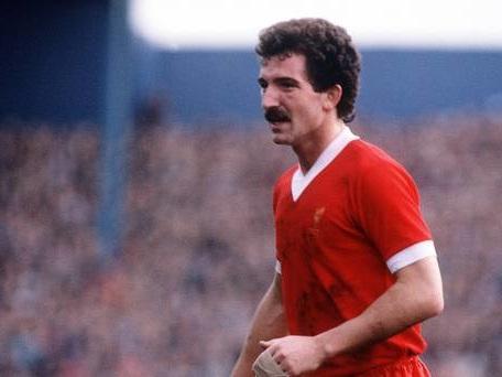 Souness backs 'slightly pragmatic' Liverpool for Premier League title