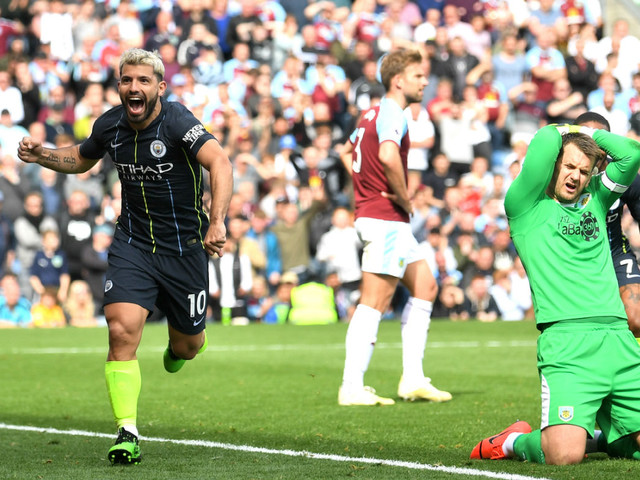 Premier League: Guardiola hails 'legend' Aguero as Man City close in on title