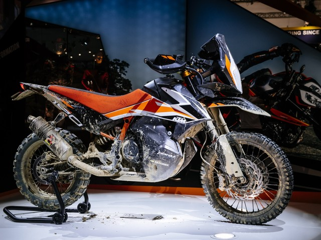 New KTM 790 Adventure R Features, Tech Specs, Image Gallery, Video, Expected India Launch And Prices