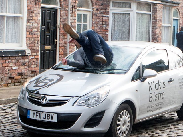 Concerned Corrie fans call for SPEED BUMPS on Coronation Street after Robert is run over
