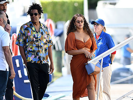 Beyoncé Rocks Sparkly Green Mini Dress On Jeff Bezos' $500M Yacht With Jay-Z