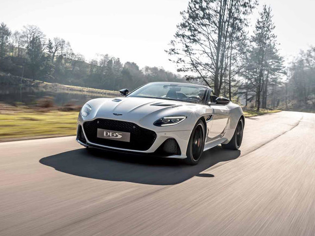 Aston Martin DBS Superleggera Volante unveiled