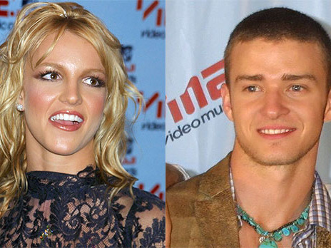 Britney Spears Recalls Sweet PDA Moment With Ex Justin Timerberlake At 2001 VMAs