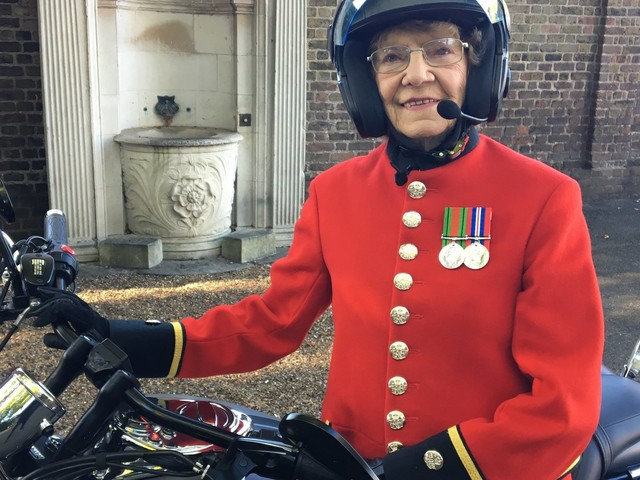 Badass 94-Year-Old Rides Motorbike With Rufus Hound, Proves You're Never Too Old To Chase Your Dreams