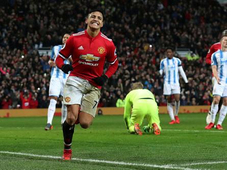Mourinho praises goalscorer Sanchez but ticks off quiet fans
