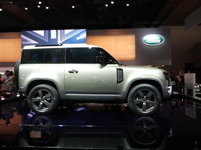 Land Rover announces pricing for 2020 Defender 90 First Edition in LA - Roadshow