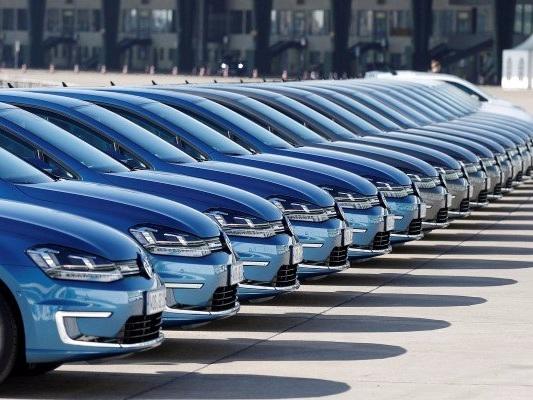 A baffling obsession with growth is still distorting the US auto market (GM, F, FCAU)