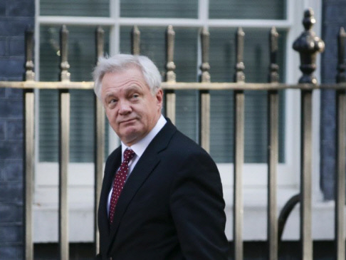 Britain aims for new security treaty with EU