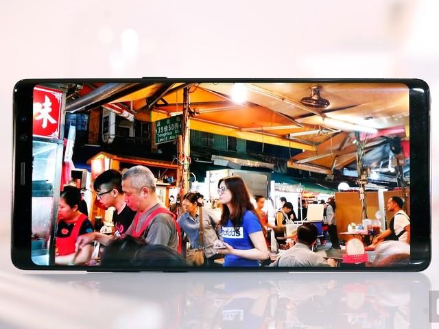Samsung Galaxy Note 8 Reviews: 'Beautiful' Display and Solid Dual Rear Cameras at Premium Price