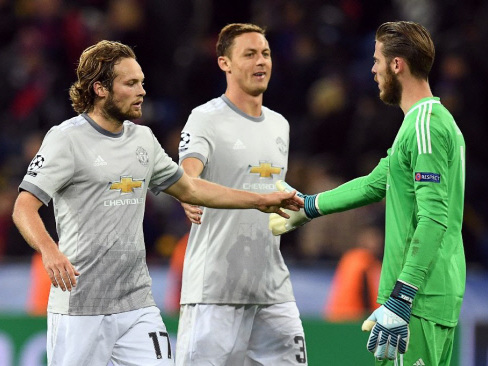 United, Chelsea aim to stamp authority