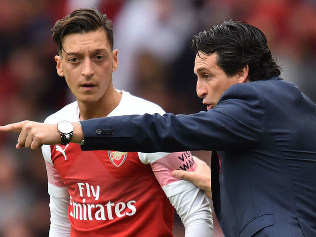 Arsenal boss Unai Emery: 'Mesut Ozil is going nowhere'