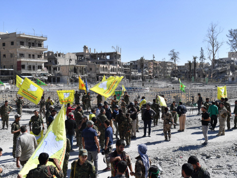 US-backed forces take Raqa hospital from IS holdouts
