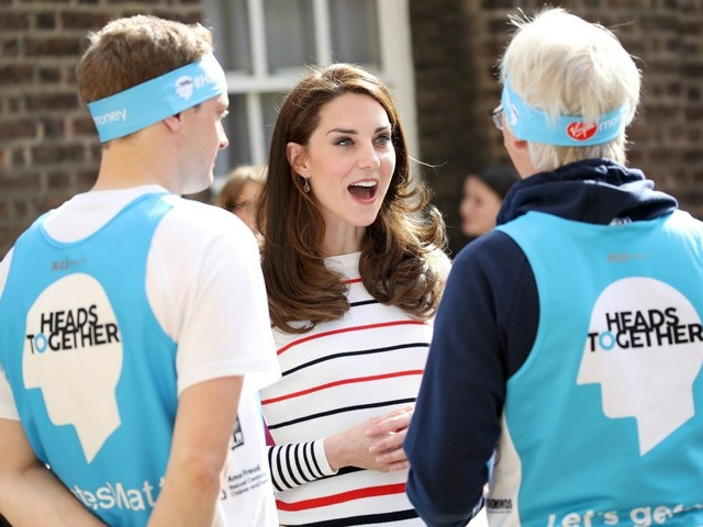 Duchess Kate's posh accent is so unintelligible, she actually needs subtitles