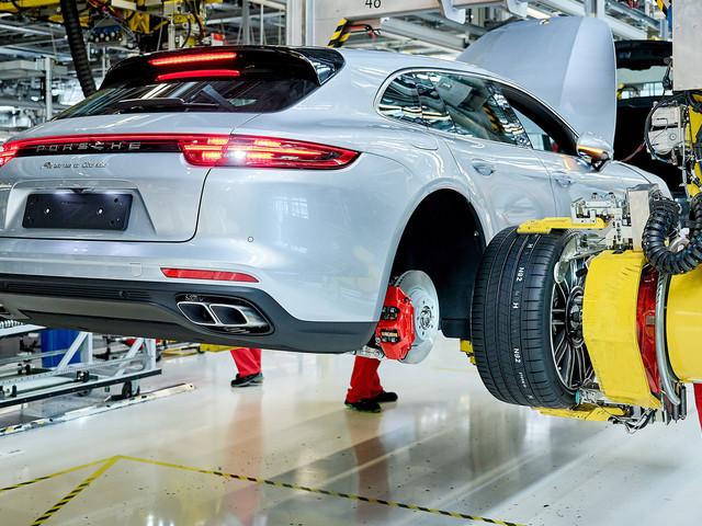 Porsche Panamera Sport Turismo Production Starts in Germany