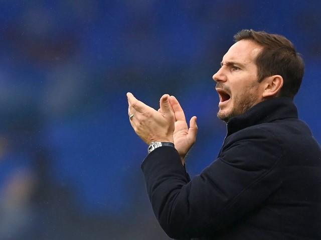 How should Chelsea line up against Southampton in the Premier League?