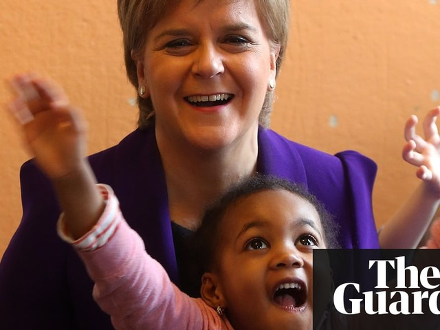 Scottish plan to double free childcare faces risks, says watchdog