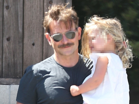 Bradley Cooper All Smiles While Carrying Adorable Daughter Lea, 2, After Getting Haircut – Pic