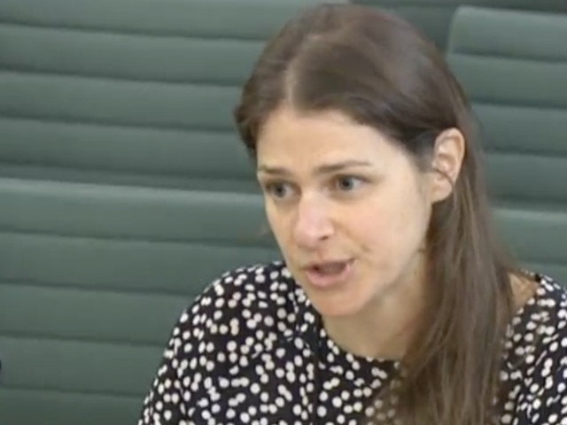 Universal Credit Deliberately Makes It Hard For Claimants To Pay For Childcare, MPs Told