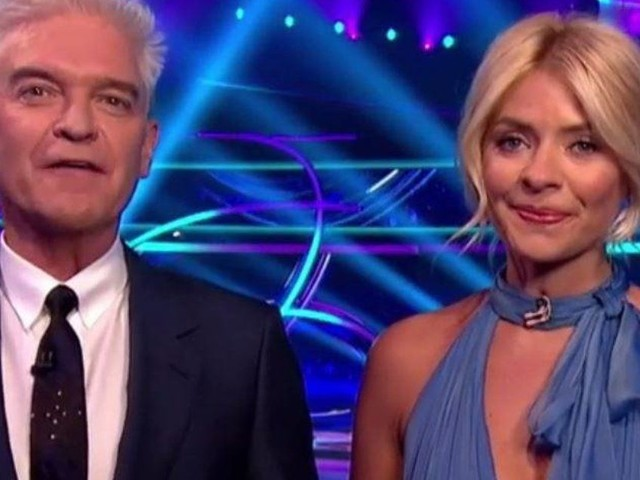 'Dancing On Ice' Returns - HuffPost Verdict
