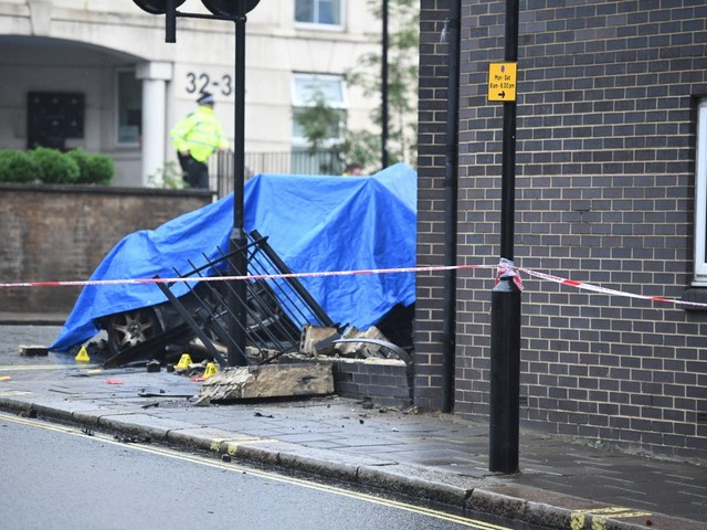 Three people killed after car smashes into sheltered housing block in Notting Hill