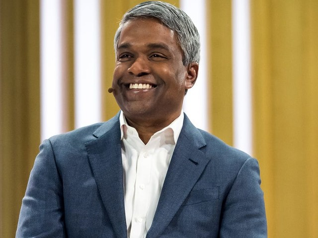 Deutsche Bank analysts say the arrival of Google Cloud CEO Thomas Kurian 'changed everything' in the fight with Amazon Web Services (GOOG, GOOGL)