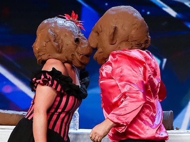 Britain's Got Talent judges baffled by bizarre duo performing in clay masks