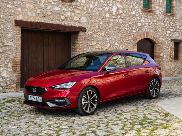 New 2020 Seat Leon is priced from £19,855 in UK
