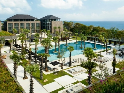 Radisson Blu Bali Uluwatu welcomes first guests in Indonesia