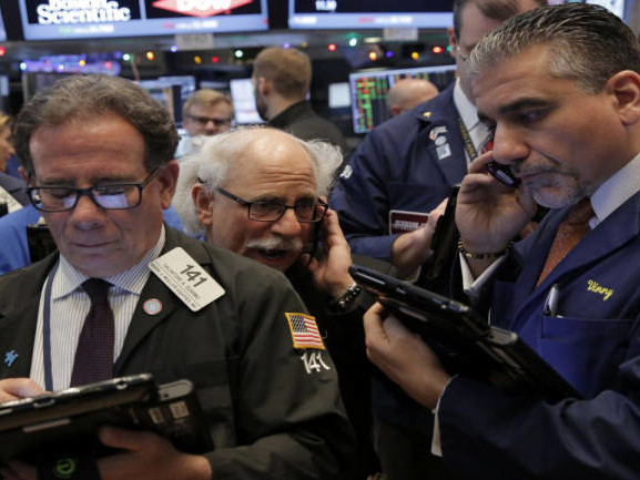 Wall Street opens flat as Netflix, JPM losses overshadow trade hopes