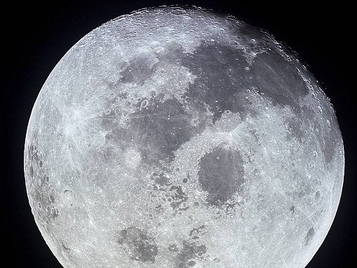 Researchers create first map of water in Moon's soil