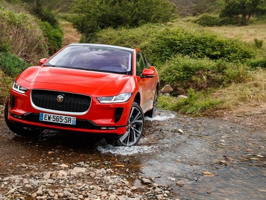 At Least for EVs, Jaguar Doesn't See the Bumpy Road Smoothing Out for Years