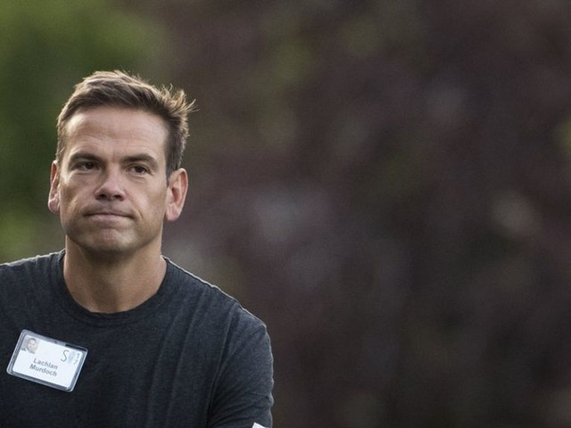 Lachlan Murdoch clears competition hurdle for Ten bid