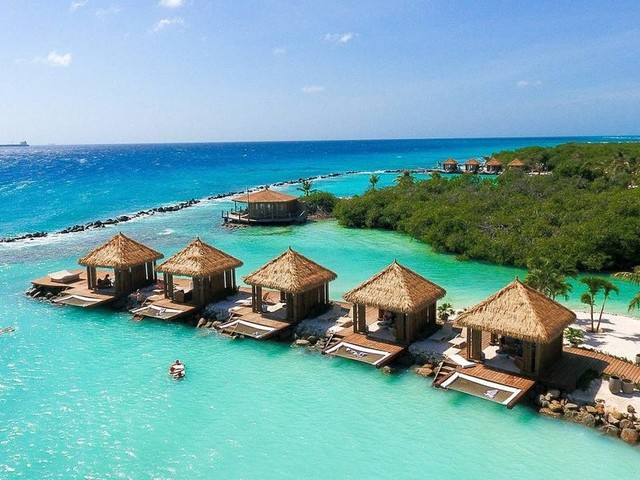 The 10 best hotels in Aruba, from all-inclusive resorts to a private island populated by flamingos