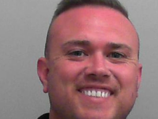 This is the smiling convict on the run after court escape