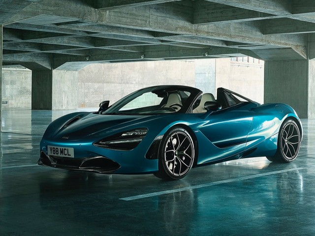 McLaren 720S Spider debuts with a $315,000 price tag