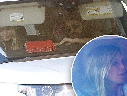 Heidi Klum and husband Tom Kaulitz grab lunch from an In n Out drive thru